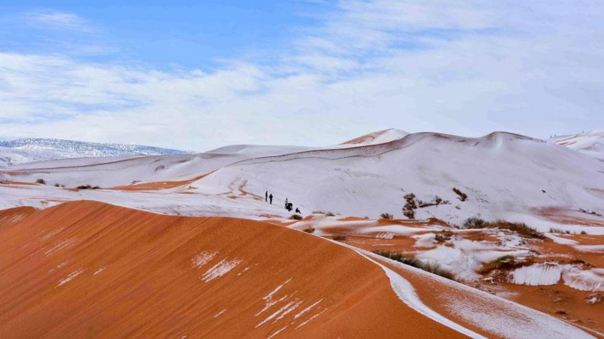 rare-snow-sahara-desert-third-time-karim-bouchetata-10