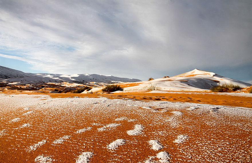 rare-snow-sahara-desert-third-time-karim-bouchetata-14