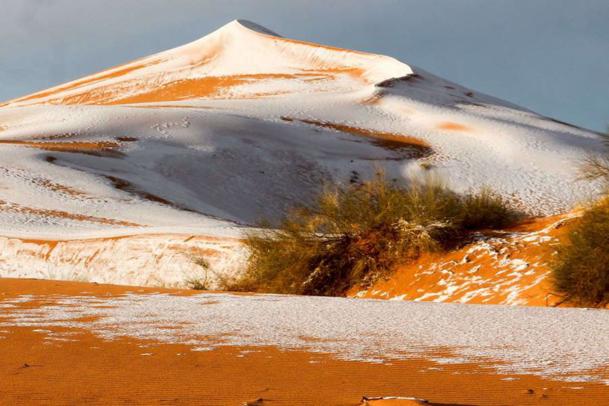 rare-snow-sahara-desert-third-time-karim-bouchetata-9
