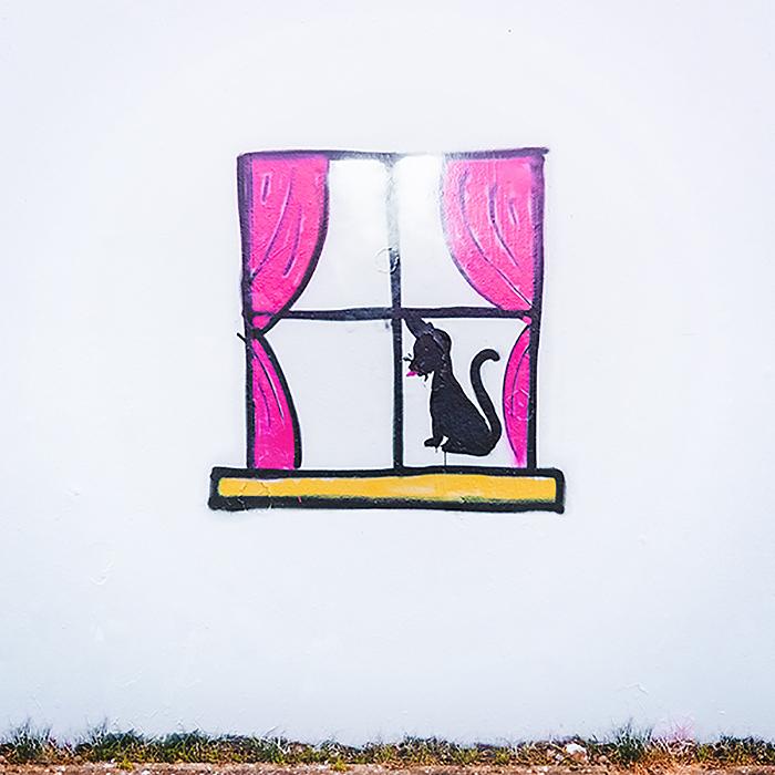 Swastika-Transformation-Street-Art-Paintback-Berlin