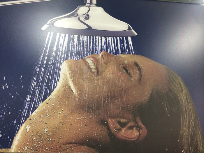 Awww Yesss Finally A Shower That Works With My Broken Neck