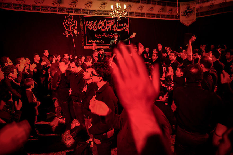 During The Hussein Memorial Days, Iranian Men Hit Their Chest In Sign Of Repentance