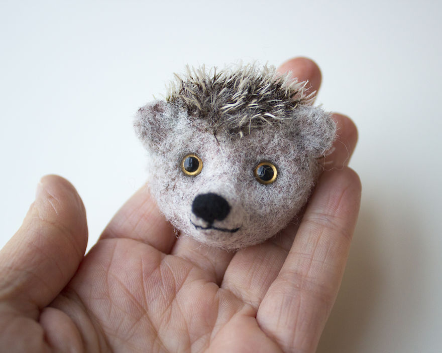 Felted-Brooches-By-Screamroad-Handmade