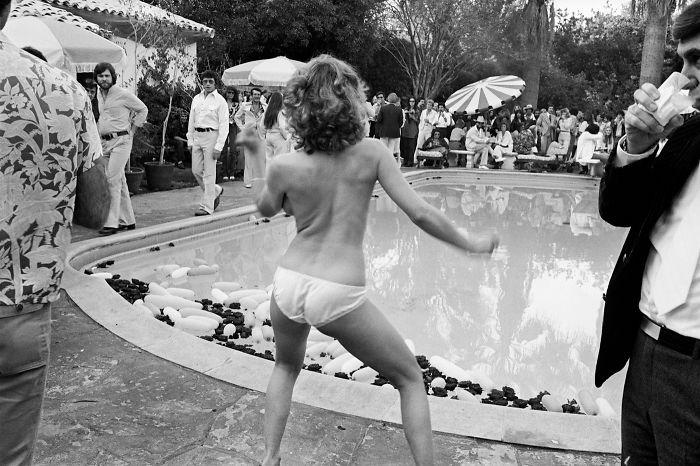 Burt, 1977