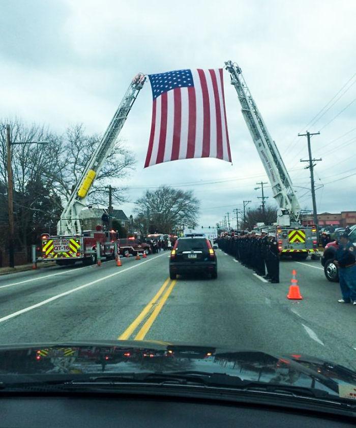 Funeral Procession Today For Ff Joyce Craig. Philadelphia's First Female Firefighter To Die In The Line Of Duty
