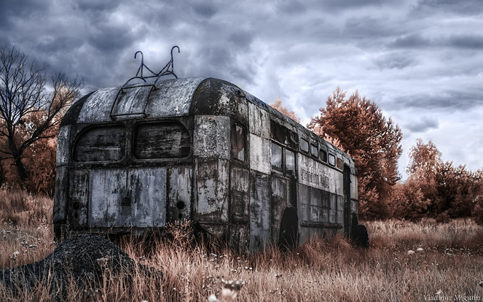Trolebús en uno de los vertederos de Chernobyl