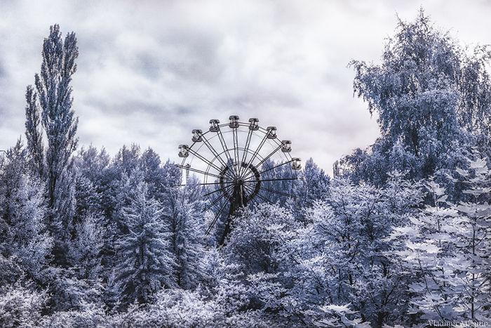 La icónica noria de 26 metros en el parque de atracciones de Pripyat