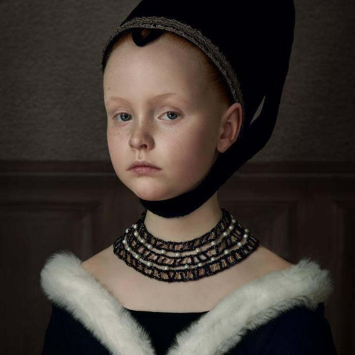 These 35 Photos By A Dutch Artist Look Like Classical Paintings Brought To Life
