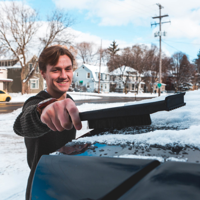 The World's First Snow Brush You Can Use Without Opening Your Car