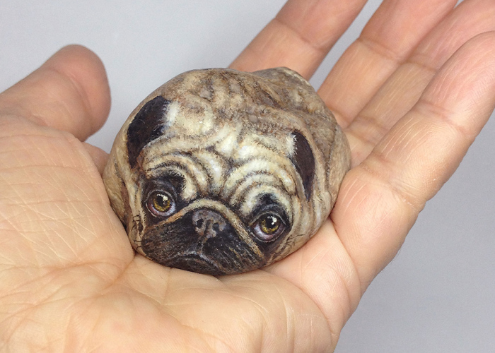 I Turn Oddly-Looking Stones Into Animals By Painting On Them