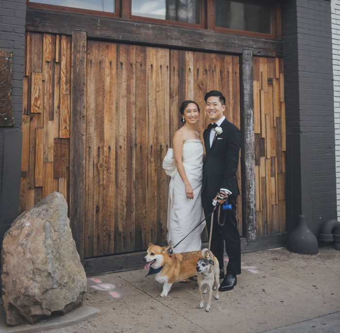 Couples Found A Way To Include Their Dogs Into Their Wedding And It's Absolutely Pawsome