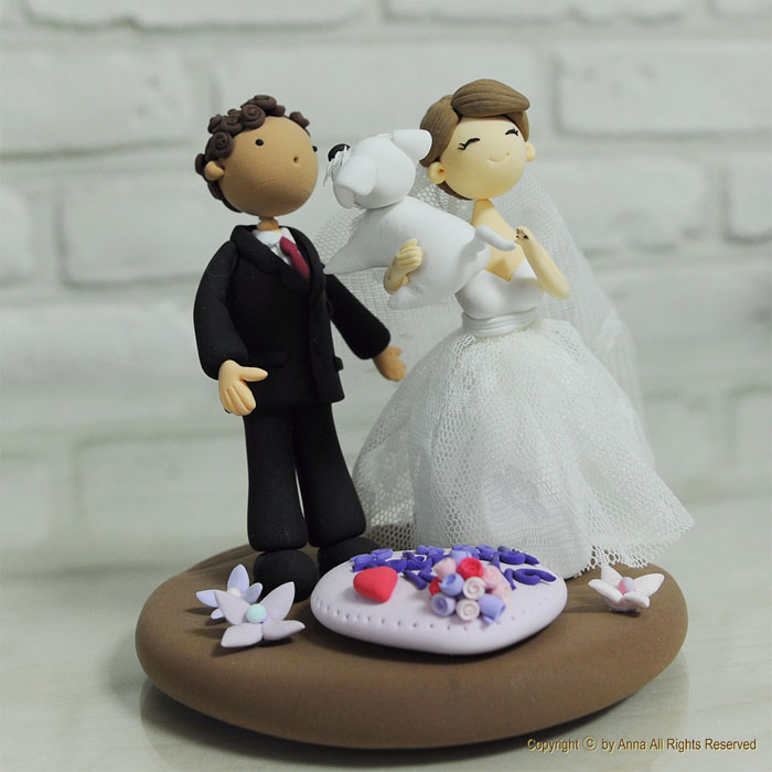wedding cake topper two dogs couples found a way to include their dogs into their 26645