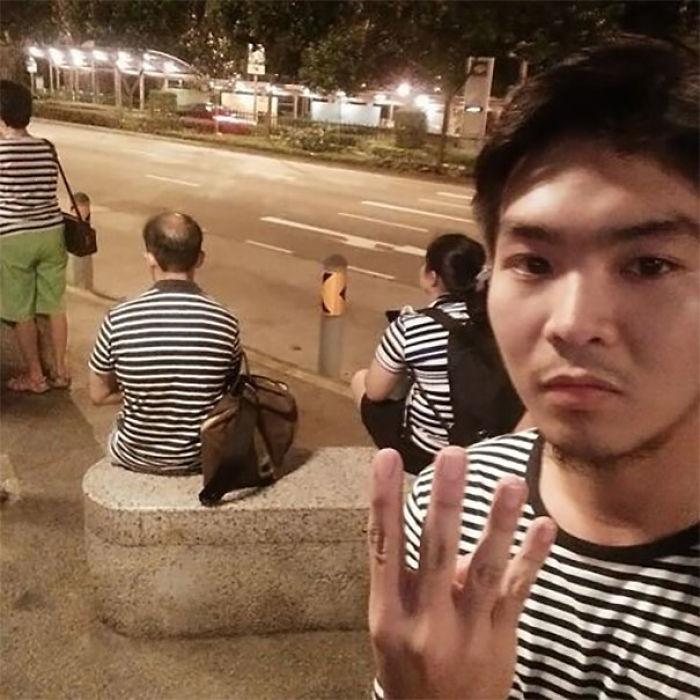 4 desconocidos, misma ropa