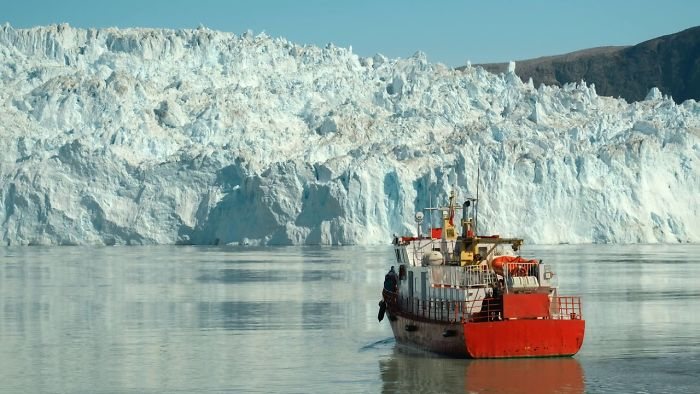 I Went To Greenland In Summer And Was Lucky To Film A Glacier Calving (Huge Pieces Of Ice Breaking Off)