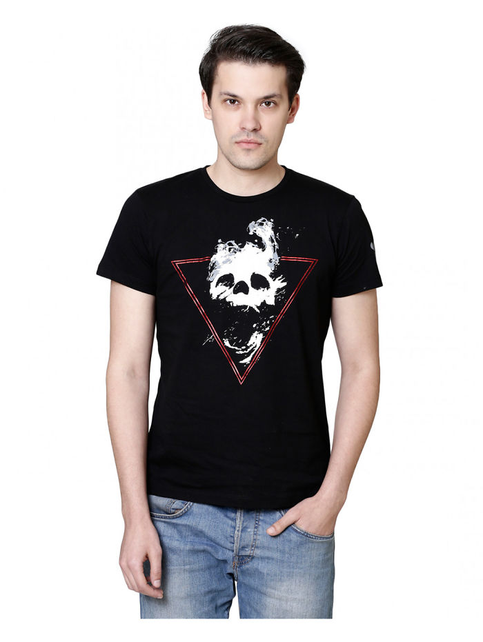 Tips To Select The Best Men's T Shirts For Your Partner