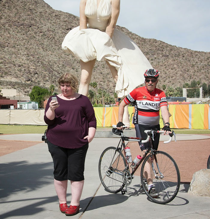 Woman Photographs Strangers To Show How People React To Overweight People