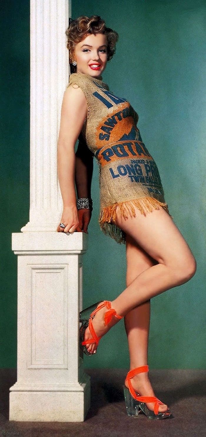Marilyn Monroe's Film Studio Wanted To Prove That She Would Look Good Even In A Potato Sack Dress (1951)