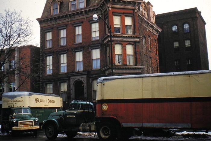Moving. Buffalo, New York
