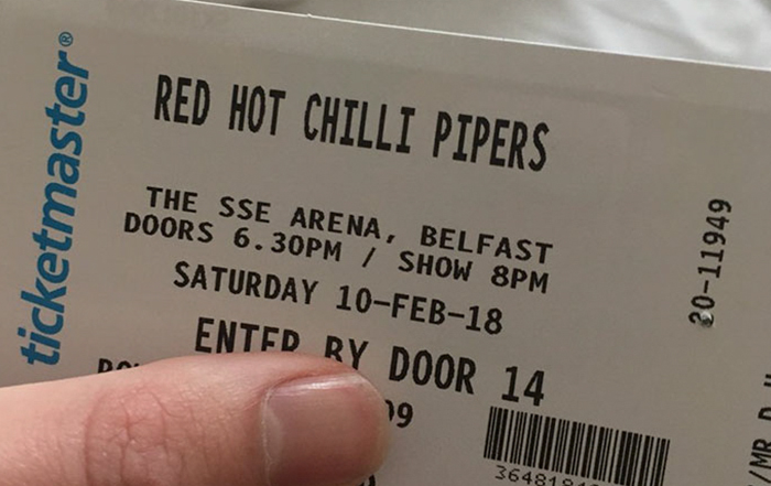 Man Flies His Girlfriend Out To Ireland To See 'Red Hot Chili Peppers', Doesn't Expect 'Nightmare' Like This