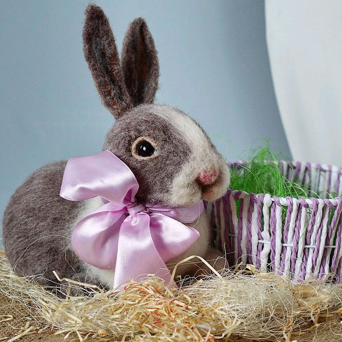 12 Handmade Easter Bunnies To Bring You Festive Mood