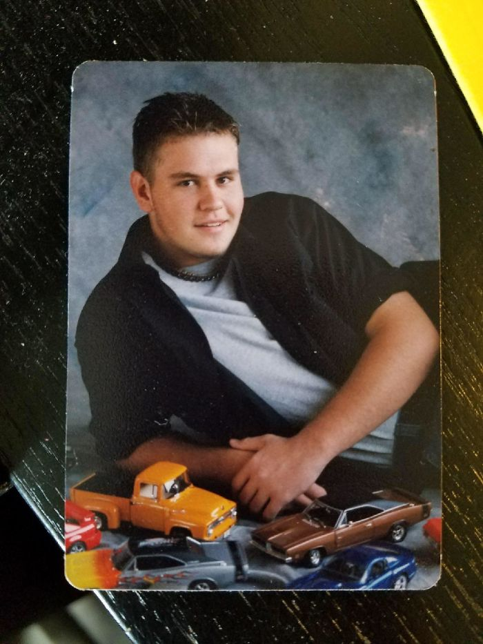 Senior Photo With Model Cars That Was Supposed To Be 'Just For Mom' - Ended Up In Widespread Circulation