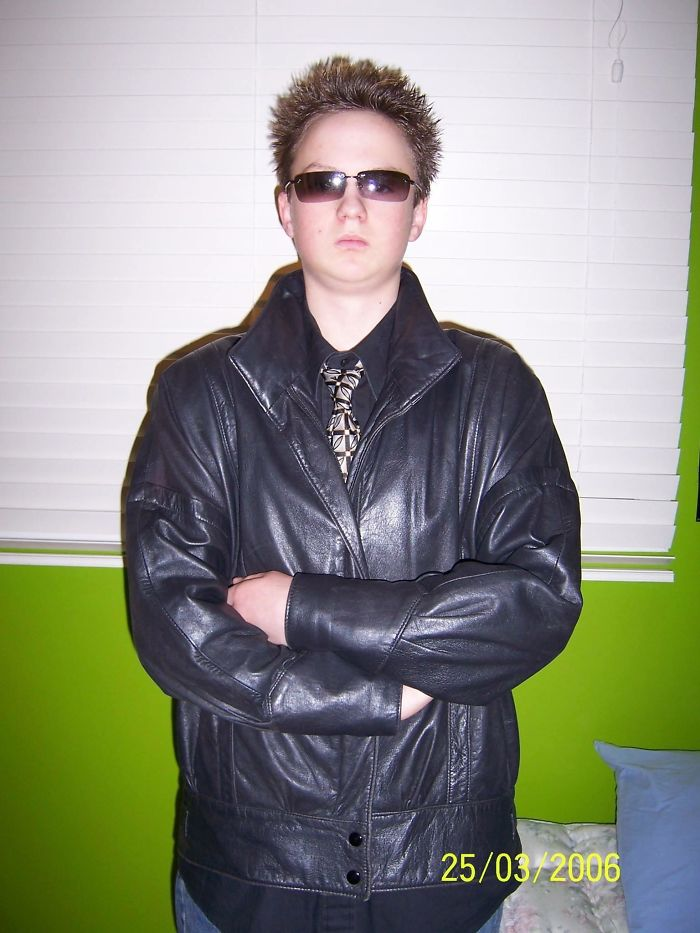 My Fiancé Got This Leather Jacket When He Was 14. So Naturally He Got His Mom To Do A Photoshoot In His Room