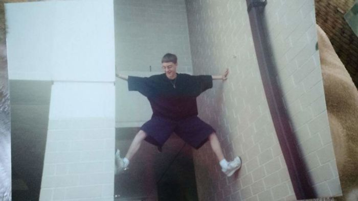 In Highschool, I Liked To Climb And Wear XXL Shirts Even Though I Weighed 120lbs