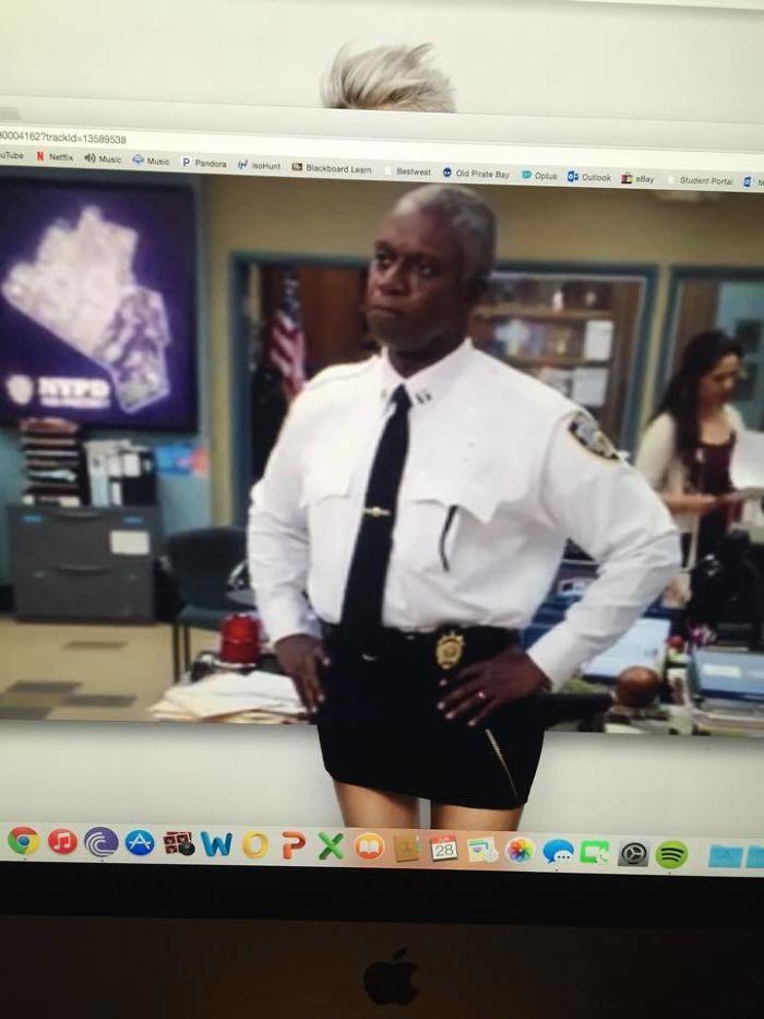 Watching Brooklyn Nine Nine When My Desktop Background Interfered