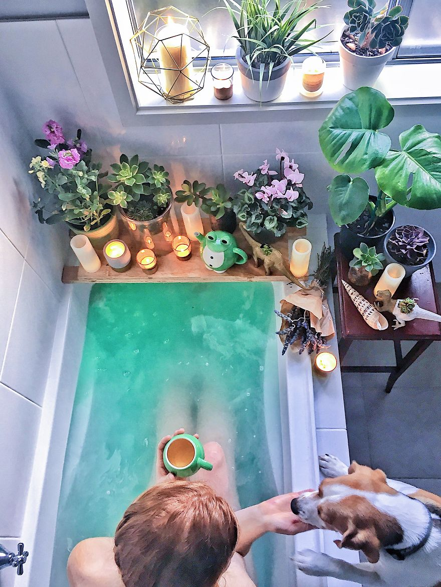 All Green Everything – A Bathtime Oasis To Swoon Over