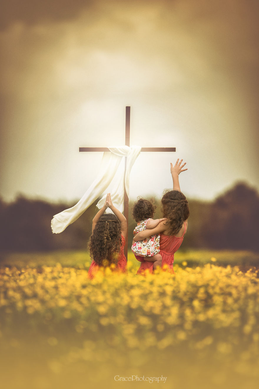 Photographer Captures What The True Meaning Of Easter Is All About.... He Is Risen Indeed!
