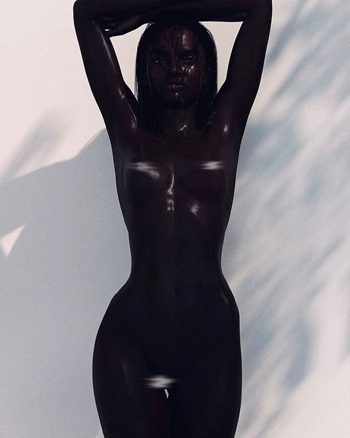 Meet-Shudu-the-black-model-with-the-perf