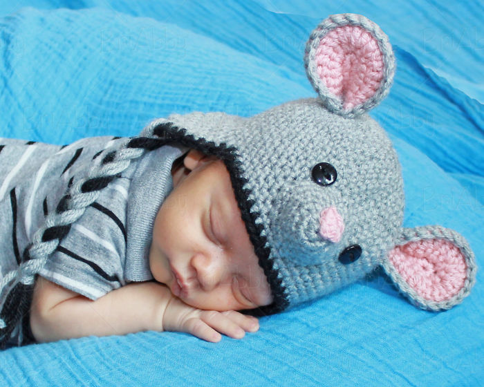 Crochet Mouse Hat