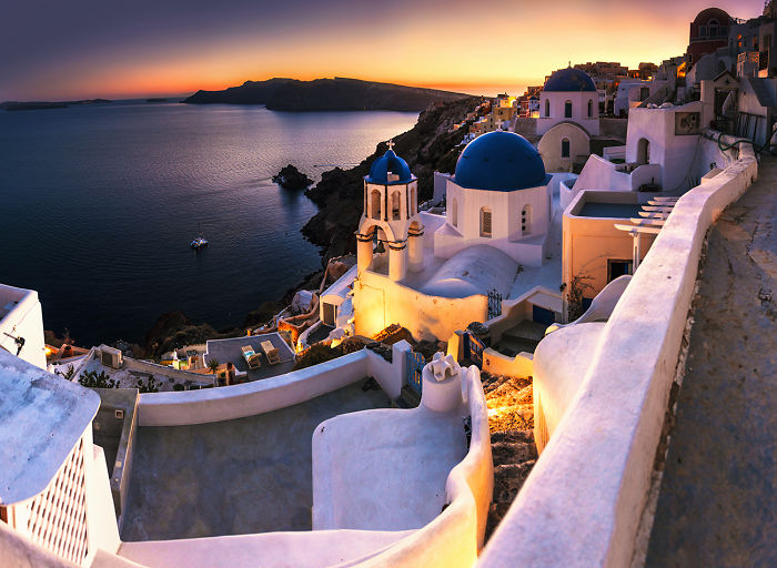 I Spent Four Days In Santorini To See The Island Without Thousands Of Tourists And The Sunsets Enchanted Me