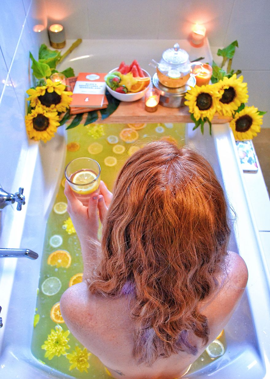 Having A Bad Day? Add A Bit Of Zest Into Your Life With This Citrusy Sunflower Bath