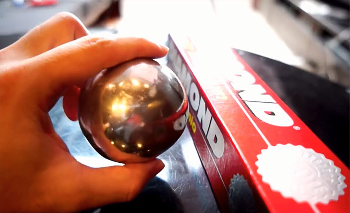 Japanese Are Polishing Foil Balls To Perfection, And The Result Is