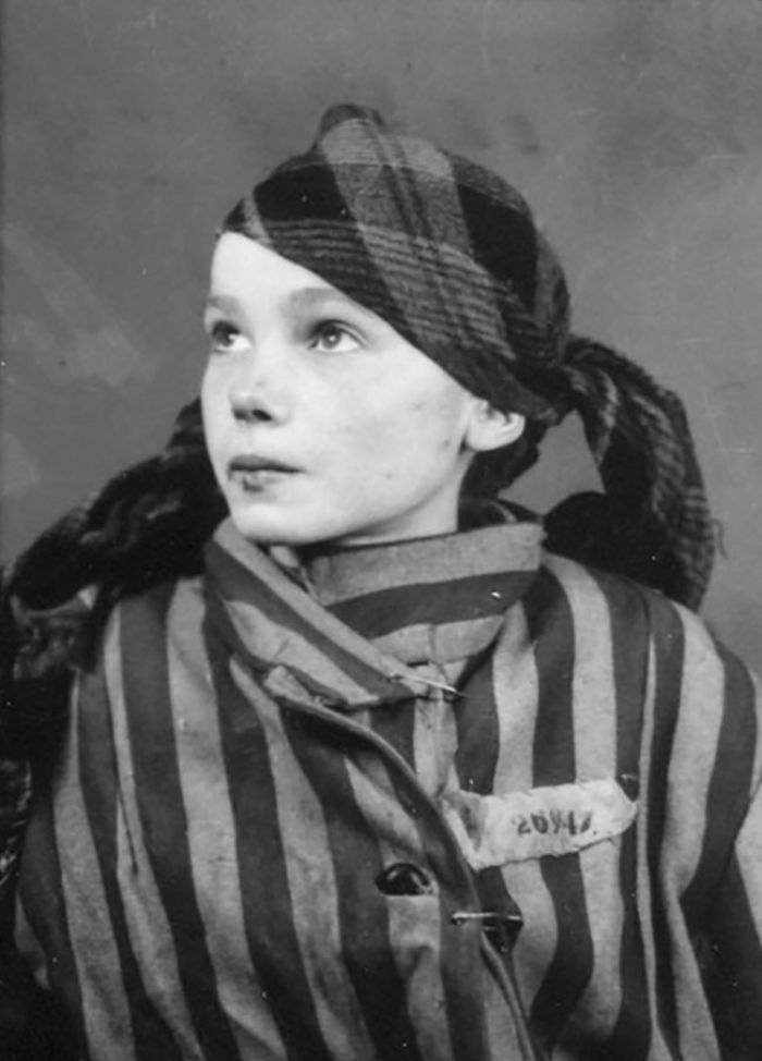 Czesława kwoka was 14 when she was sent to auschwitz the infamous nazi death camp
