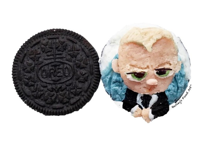 """Artist Makes Art With Oreo Fillings And The Result Is """"Delicious"""""""