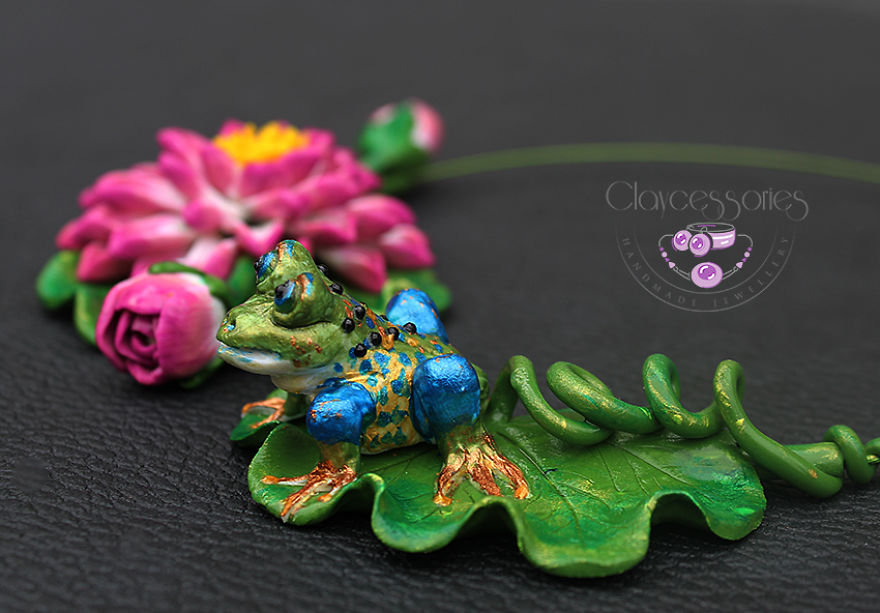 I Use Polymer Clay To Create Floral Jewellery