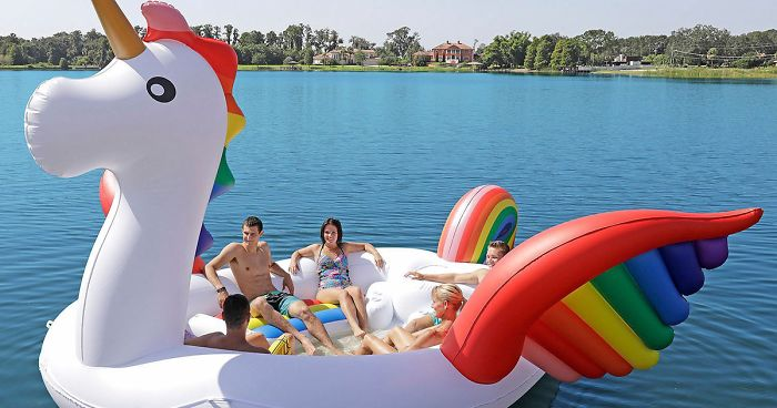 Fitting Up To Six People These Giant Unicorn Floats Are Here Change Your Summer Parties