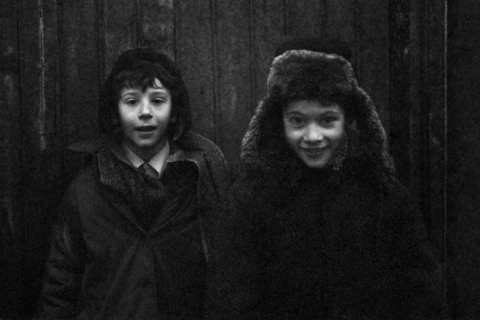 Niños con cara de pillos en Staraya Russa