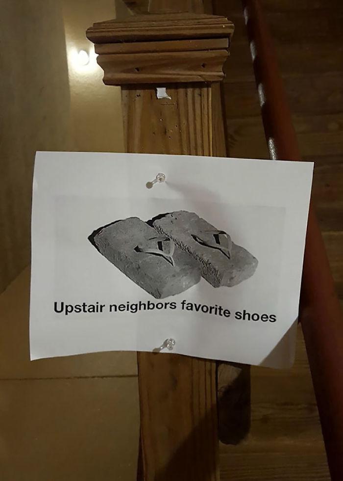 Los zapatos favoritos del vecino de arriba