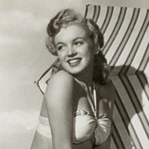 Rare Unpublished Marilyn Monroe Pics To Be Sold On An Auction And Here Are Some Of The Best