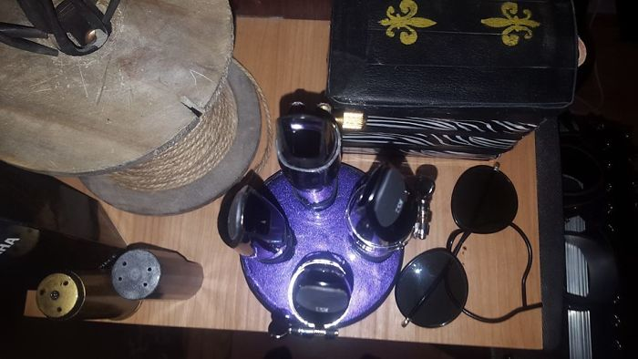 Mouthpiece Stand, Made From An Old Lid, Some Paper Rolls, Spare Leather Pieces, And Som Vinyl And Glue :)