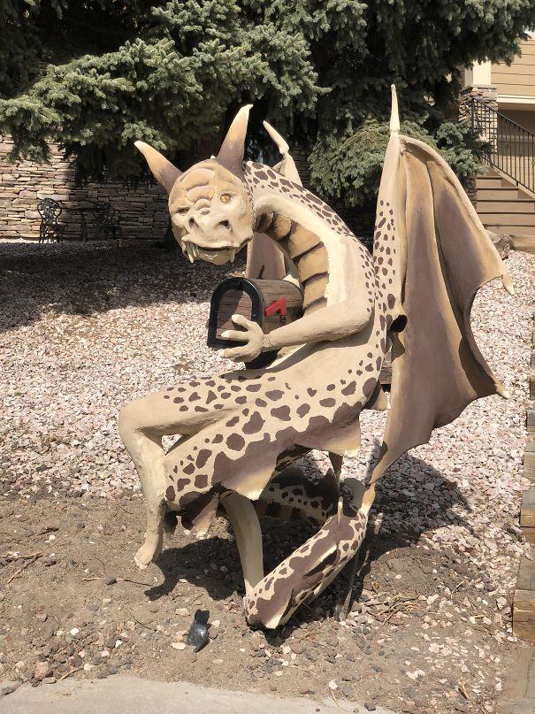 My Neighbor's Dragon Mailbox