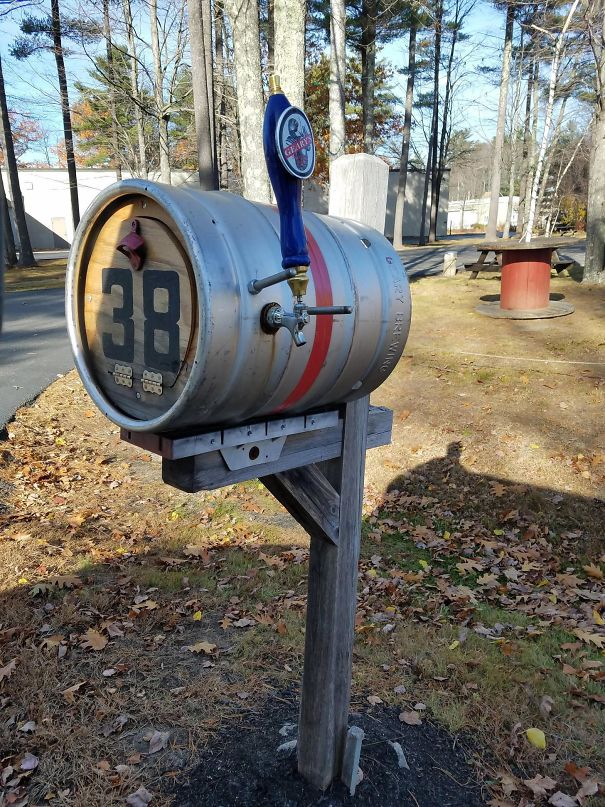 This Brewery Uses A Pony Keg For Their Mailbox