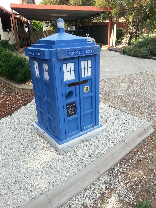 Hands-Down The Coolest Mailbox In My Town