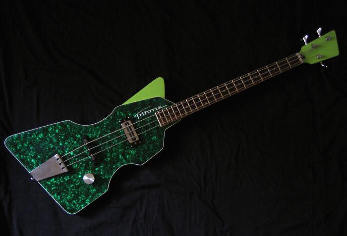 3-String Bass Guitar