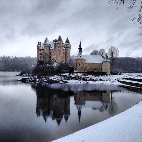 Chteau-de-Val-hiver-600-5add8337aea36.jpg