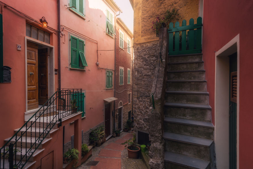I Photographed The Little Streets Of Italy And It Looks Like A Fairytale