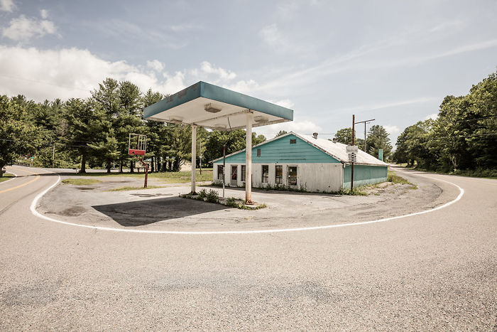 Out Of Gas – The Abandoned Gas Stations In The South Of The United States Of America